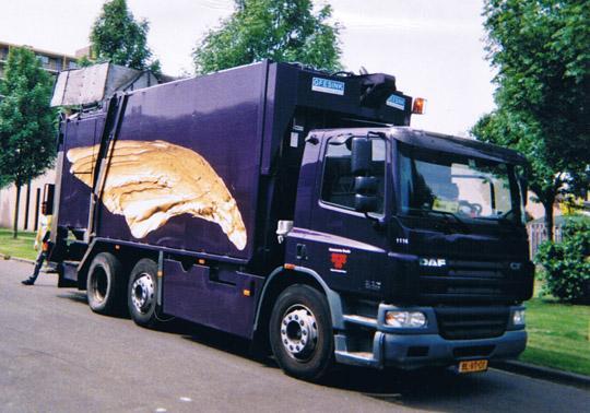 gouden vleugels vuilniswagen Breda